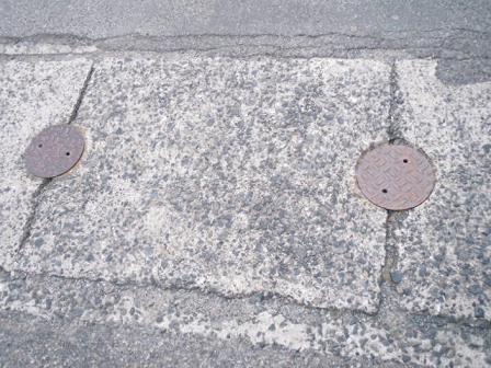 鞆の浦の側溝